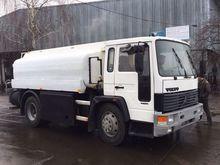 1993 VOLVO FL6 fuel truck