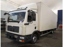 MAN TGA 26 closed box truck