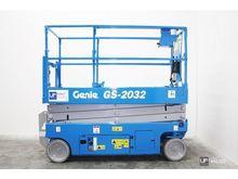 Used 2012 GENIE GS 2