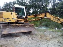 LIEBHERR tracked excavator