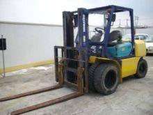 Used Komatsu FD35 Forklift for sale | Machinio