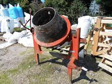 CEMENT MIXER ON STAND – 1100820