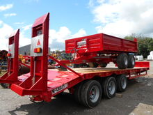 MCCAULEY TRI-AXLE LOW LOADER –