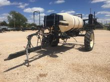 2001 Wylie Pull-Type Sprayer