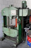 Garage press Geuma