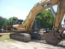 2004 Caterpillar 330CL
