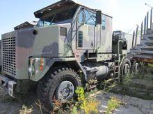 2000 OSHKOSH M1070