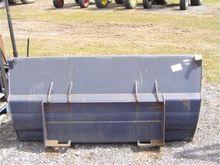2009 Kubota K9264 BUCKET FITS 5