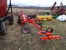 Kuhn VARI-LANDER 6 BOTTOM PLOW