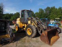 2010 New Holland W110B