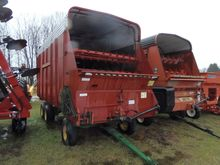 New Holland  Forage Box-Wagon M
