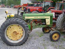 John Deere 620G,Gasoline,2WD