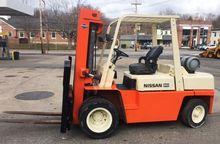 1986 Nissan UGF03A40V 9000 lb C