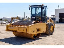 2012 CATERPILLAR CS76