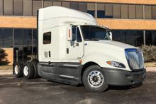 Used Kenworth Conventional trucks 300k - 400k miles for sale