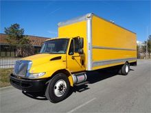 2013 INTERNATIONAL 4300DT
