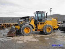 Used 2004 DEERE 624J