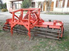 Used 2000 Kuhn hr300