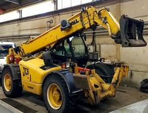 Used JCB 537-135 in
