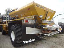 2006 AG-CHEM TERRA-GATOR 8104
