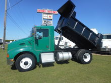 2003 KENWORTH T330