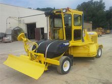 2008 SUPERIOR BROOM DT80CT