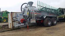 2014 Pichon 18500 L Liquid manu