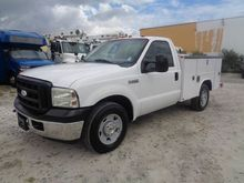 2006 Ford F-250 XL Regular Cab