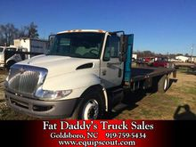 2006 International 4300 Flatbed