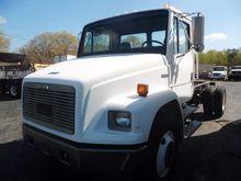 2000 Freightliner FL 70 Cab & C