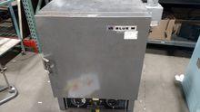 Blue M OV-490A-2 184800474