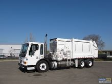 2002 Freightliner Condor with H