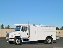 2002 Freightliner FL70 with Van