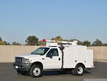 2004 Ford F450 XL SD with Liftm