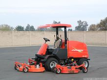 2010 Jacobsen R311T 4WD Riding