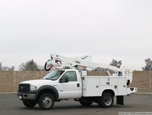 2006 Ford F550 XL SD with Altec
