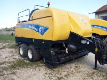 2011 New Holland BB9080 Large s