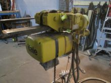 1 ton Yale Hoist, air operated,