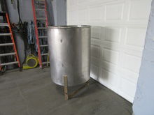 200 gallon Stainless Steel hold