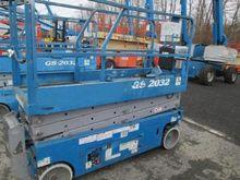 Used 2005 Genie GS20