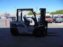 2012 Nissan PFD100Y Pneumatic T
