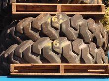 14.00 - 24 pneumatic (2 tires)