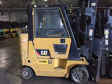 2007 CAT GC40K Cushion Tire For