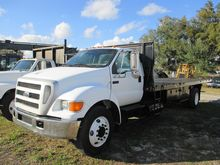 2004 Ford F650 XL SD