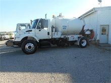 2005 INTERNATIONAL 7500 SBA
