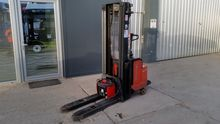 2000 El. Forklift BT LSF 1600