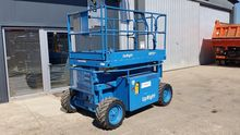 2000 Scissor lift Upright XRT27