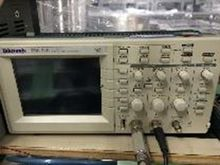 Tektronix TDS220