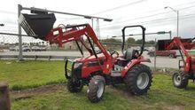 2017 Mahindra 2540 Farm Tractor