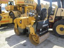2005 Caterpillar CB-214E Single